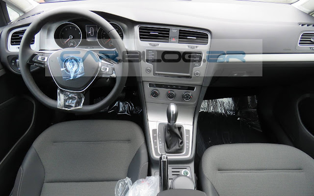 VW Golf 2016 1.6 MSI Flex Automático - interior