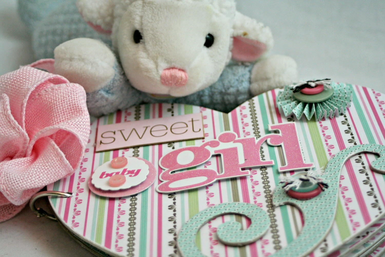 How to scrapbook for baby girl - Handmade