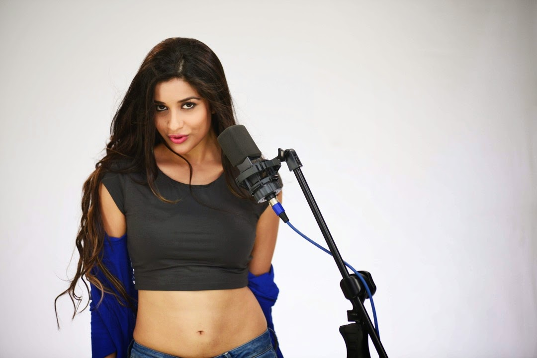 Madhurima new sizzling photos-HQ-Photo-1