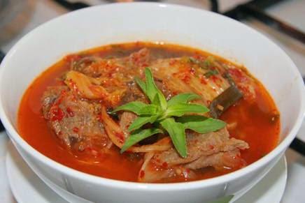 Cách làm món Thịt bò nấu cà chua ngon