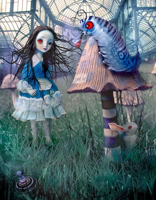 15-Natalie-Shau-Surreal-Photographs-and-Illustrations-www-designstack-co