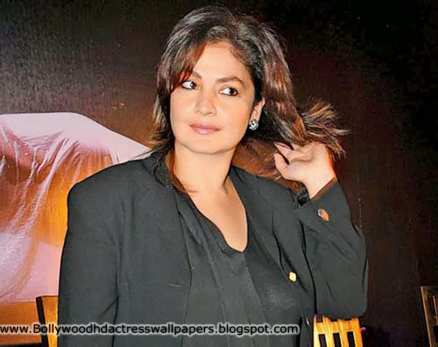 Pooja Bhatt Wallpapers Pooja Bhatt hd Wallpapers