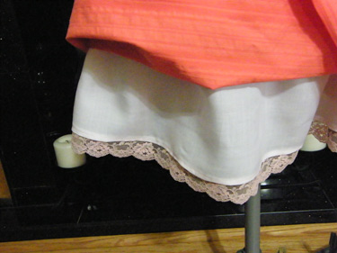 Cambie Lace Trim on Lining