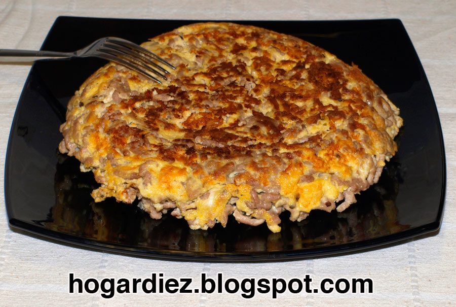 Hogar diez tortilla de carne picada - Como cocinar carne picada ...