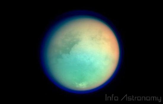 Lautan Es di Titan dan Keanehan Gravitasinya