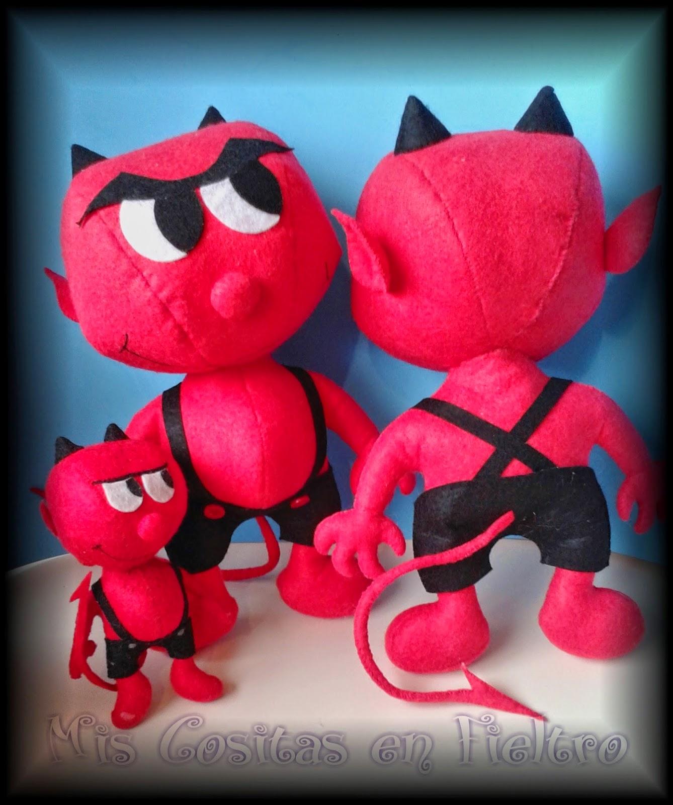 muñeco 3d, muñeco de fieltro, demonio de fieltro, felt damon, diablo de fieltro, muñeco demonio, muñeco diablo, terror