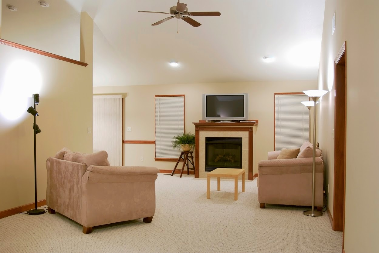Wall to Wall Carpet Cleaning, Triple S