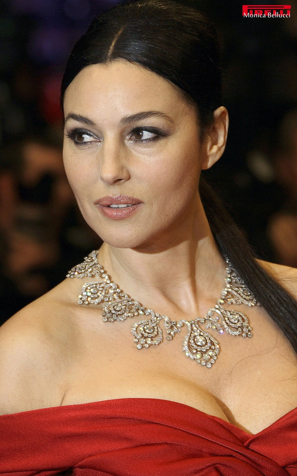 Hollywood Actress Moni... Monica Bellucci