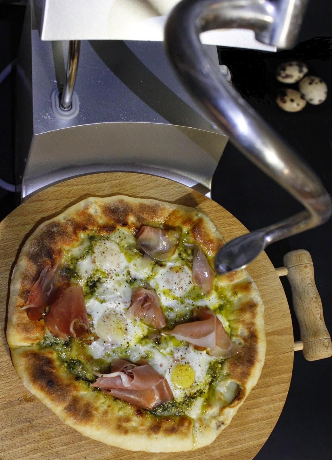 pizza a modo mio con cornicione ripieno