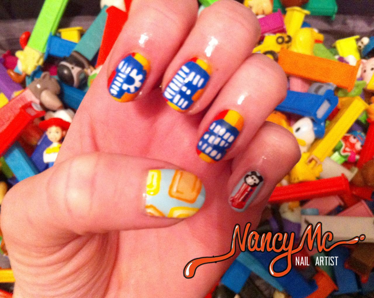 http://4.bp.blogspot.com/-ofL8yaaA2PY/Tz-6zj-SyQI/AAAAAAAAE5A/hgtil7ogP-8/s1600/PEZ+nails.jpg
