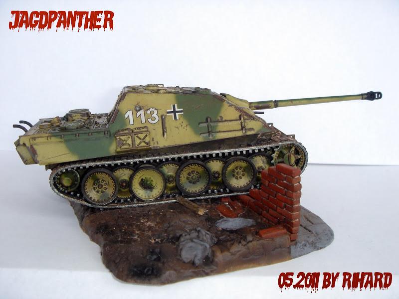 heavy machine gunner