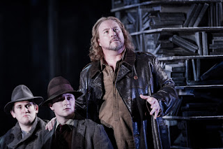 Carl Tanner - Samson et Dalila - Grange Park Opera - photo credit Robert Workman