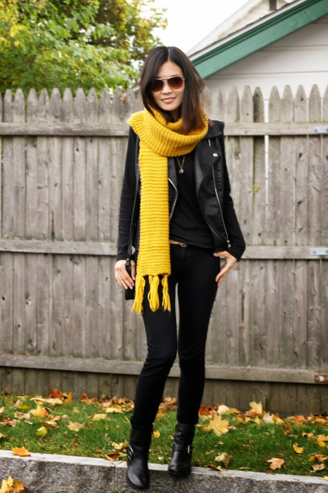 gorgeous yellow scarf outfit patterns