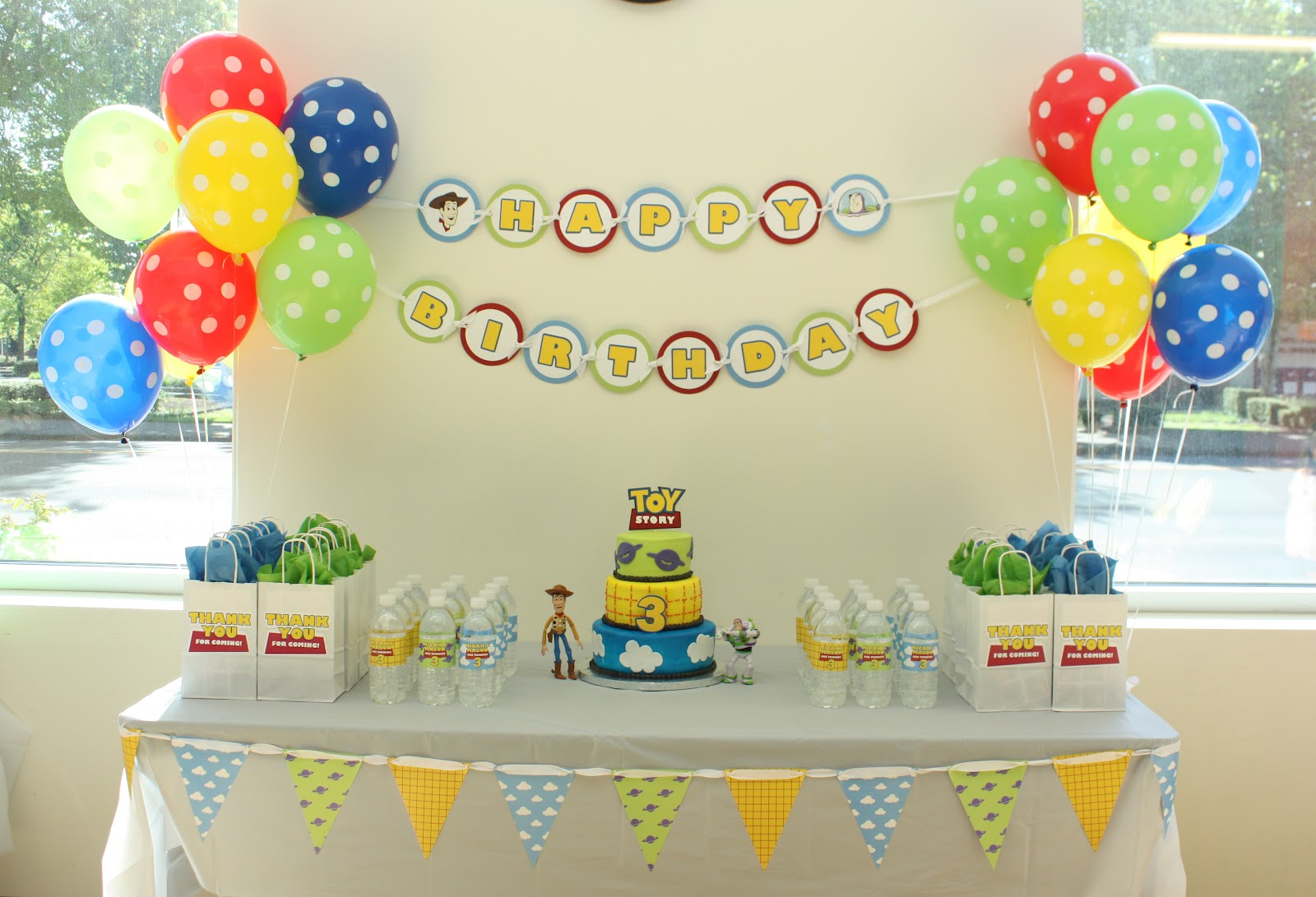 5M Creations: Buzz & Woody Toy Story Birthday Party