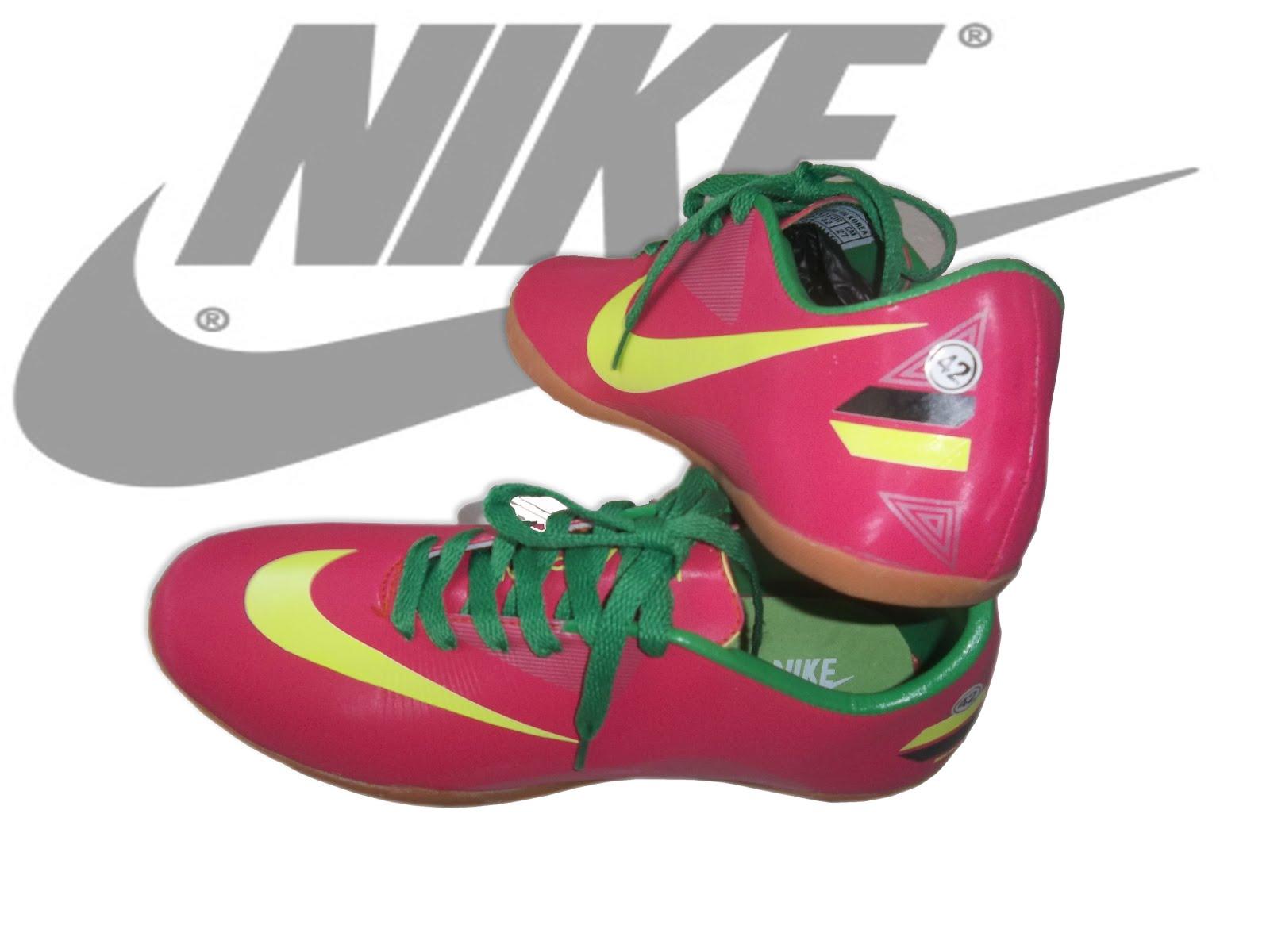 Jual Sepatu Futsal Online Model Sepatu Nike Terbaru 2012