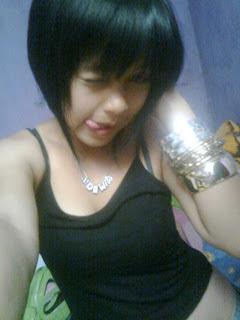 Gadis ABG Seksi Bernama Dewi