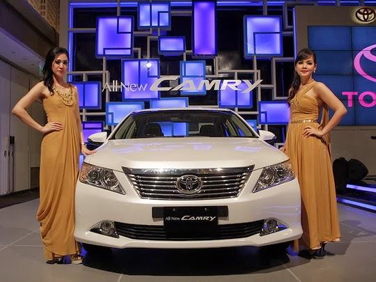 Harga Mobil Toyota Camry Baru Tahun 2015, Semarang