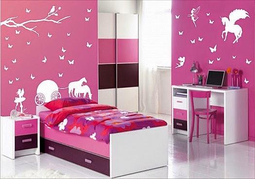 غرفة نوم بناتية رومانسية