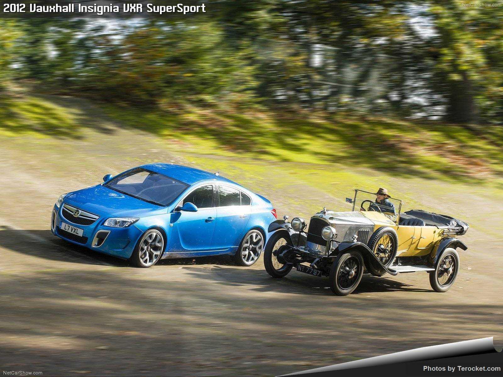 Hình ảnh xe ô tô Vauxhall Insignia VXR SuperSport 2012 & nội ngoại thất