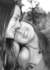Permíteme vivir en tu sonrisa, preciosa.