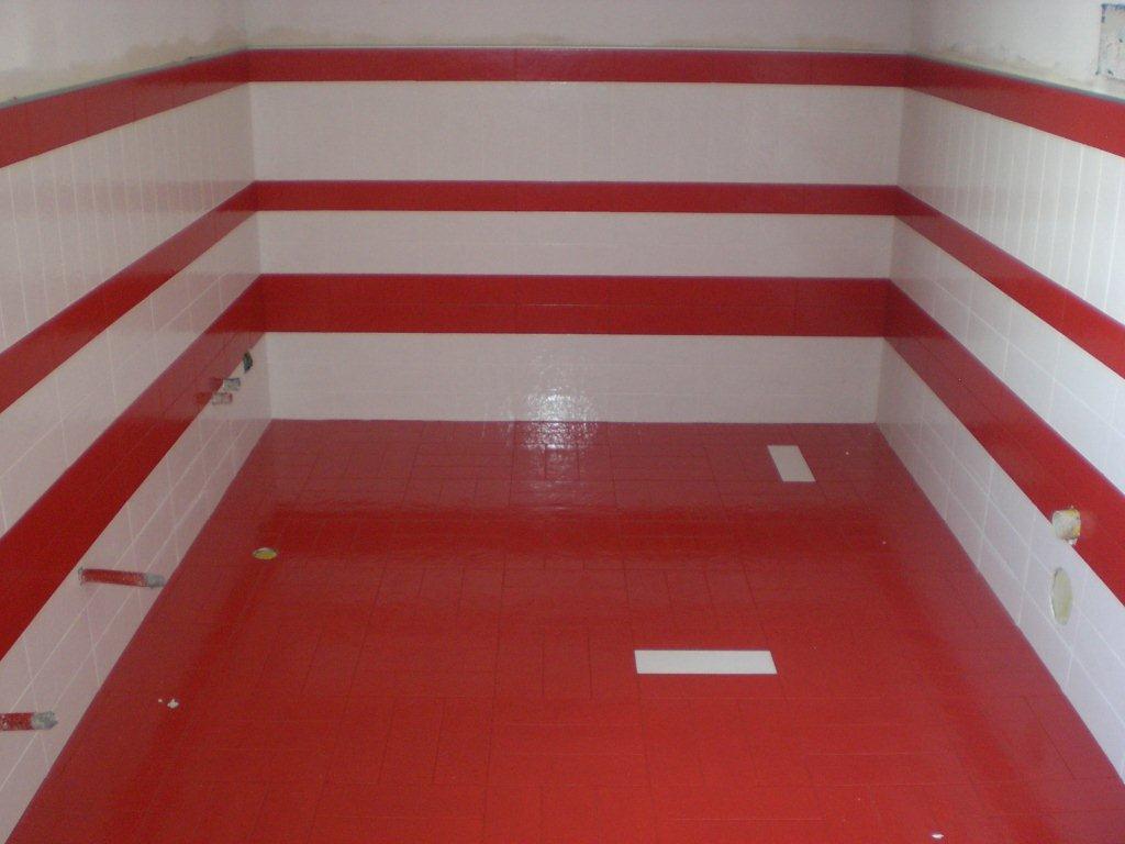 Bagno con idromassaggio - Profilo rivestimento bagno ...
