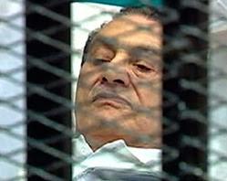 مبارك خطابه للمحكمة: يريق دماء