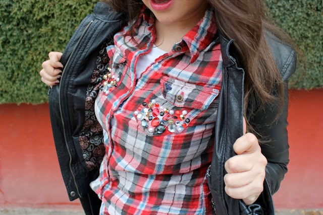 Camisa con abalorios en Recicla Inventa