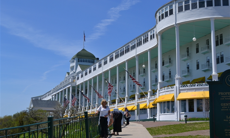 mackinac island asian personals Personals are for people local to mackinaw city, mi and are for ages 18+ of either sex find someone who is right for you mackinaw city dating and personals.