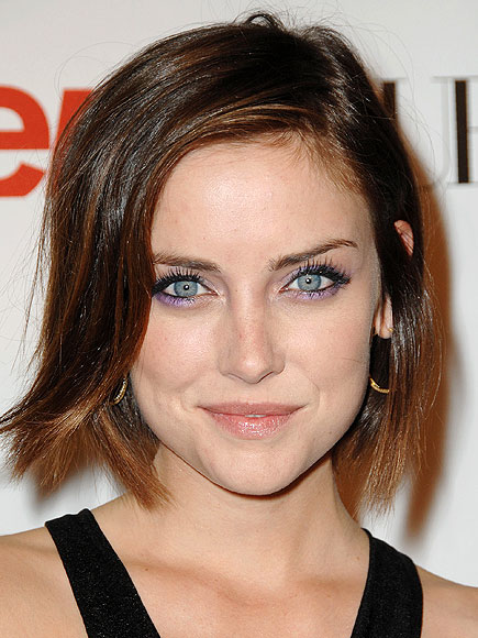 Jessica Stroup Bra Size, Height, Weight And Body Measurements