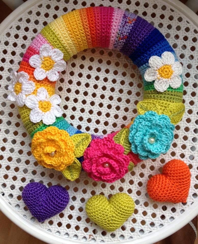 La Magia del Crochet: OTRA CORONA PRIMAVERA