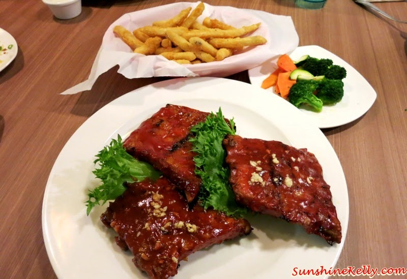 Mother's Day Treat, Chicago Rib House, Mother's Day Menu, Mother's Day Meal, Trio of Ribs, pork ribs, Original BBQ Honey Garlic Bourbon pork ribs, main course