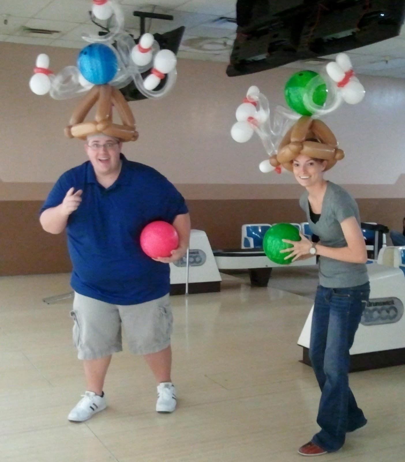Bowling pin balloons - Bowling Birthday Party And Balloons