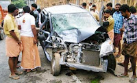 Kilimanoor, Lorry, Travellers, Critical stage,Accident, Daughter, Father, Death, Thiruvananthapuram, Car, Kottarakkara, Injured,