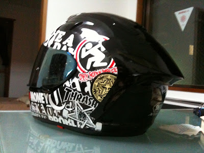 Sticker bomb to the SHOEI/X-TWELVE by CPW