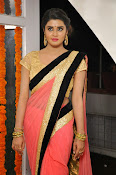 Harini at Valayam movie launch-thumbnail-17