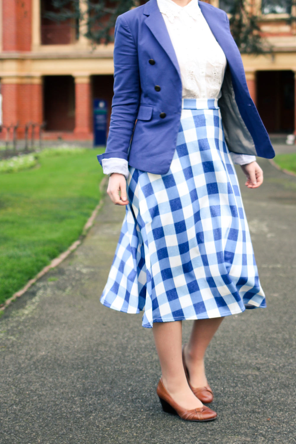 @findingfemme for the boohoo.com #WeAreUs unique style campaign in BooHoo blue gingham skirt, blue blazer and lace blouse.