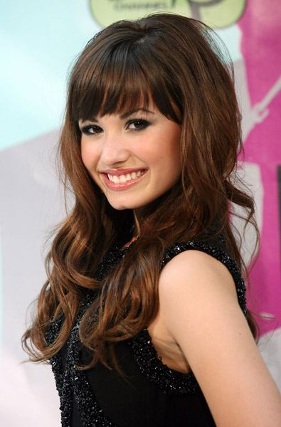 Demi Lovato Hairstyles with Bangs
