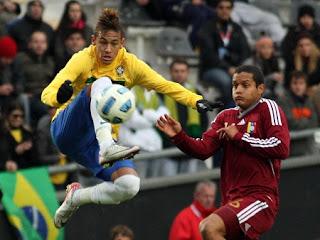 Análise Tática - Neymar x Messi - Copa América 2011