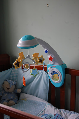 Blog Love – @FamilyFever tells us about the Fisher Price Starlight Mobile.