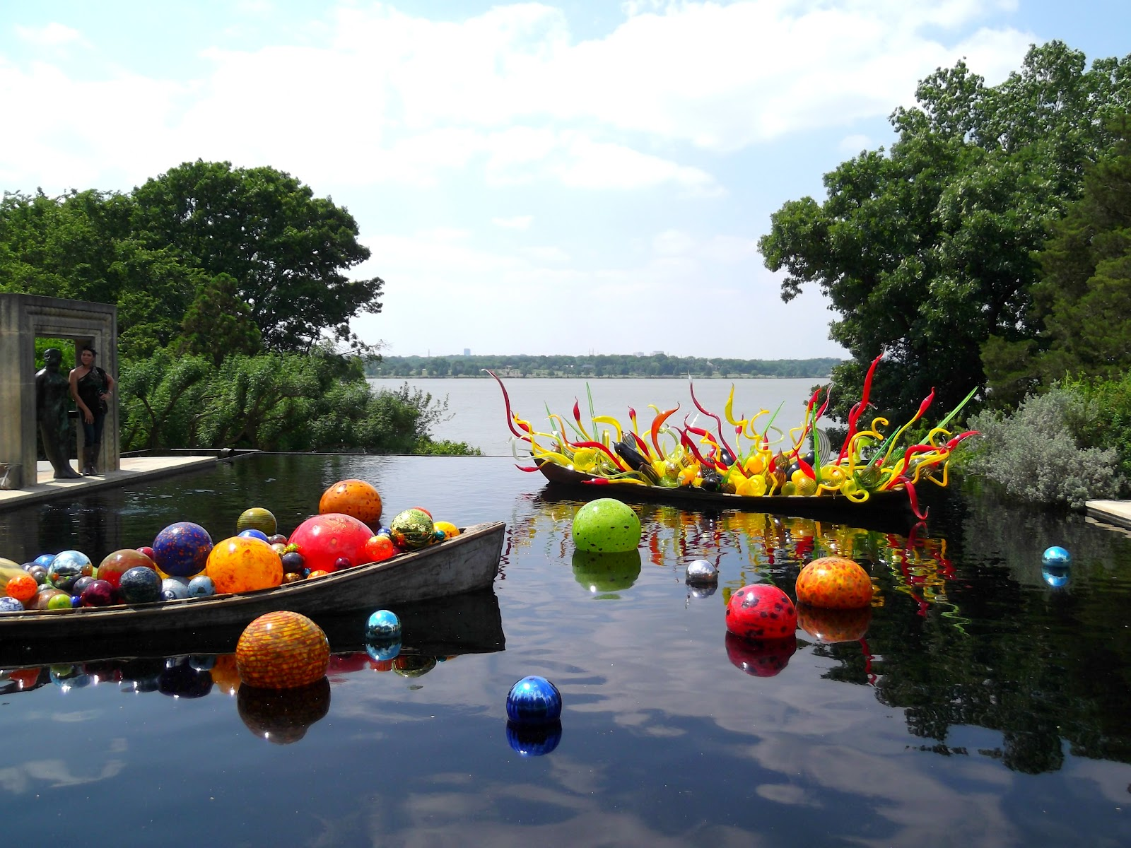 Life With Sarahb Chihuly Blown Glass In Dallas Garden