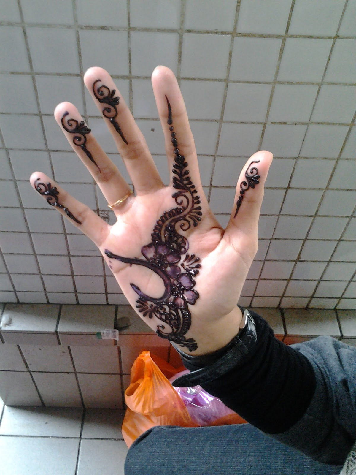 V A N I L L A Inai Ke Henna