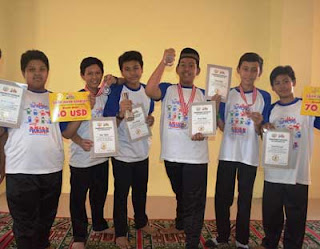 Tim Robotik MTsN Raih Medali Emas Asian Junion Robocup