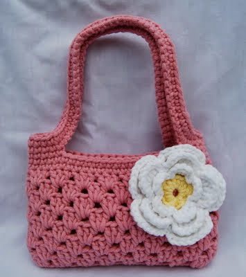 free crochet pattern strappy boutique bag