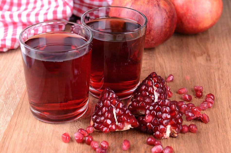 عصير الرمان الطازج