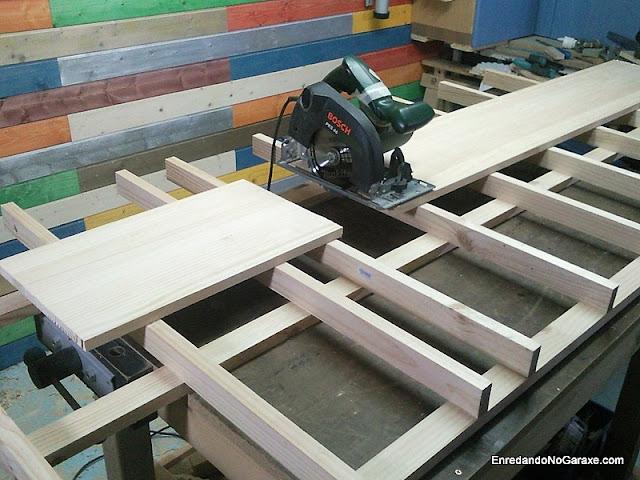 Mesa de corte para sierra circular. www.enredandonogaraxe.com
