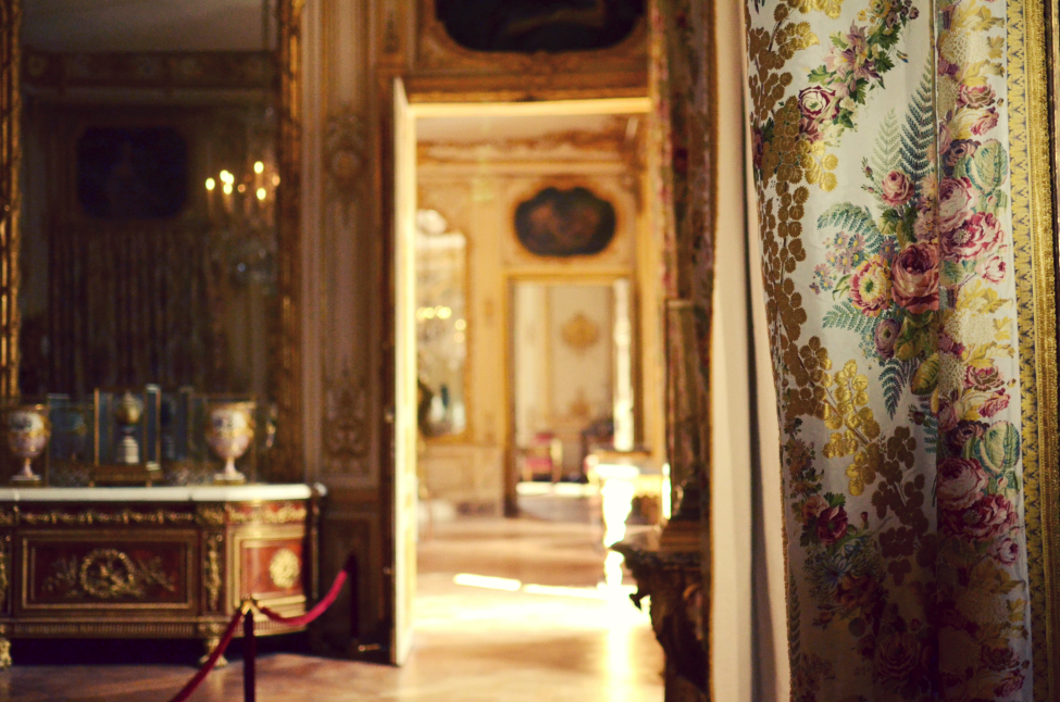 room decorations at the chateau de versailles