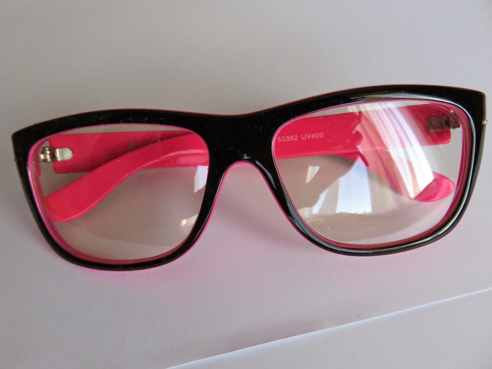 pink nerd glasses fashion