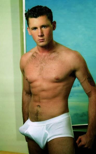 Beiron modelo desnudo masculino