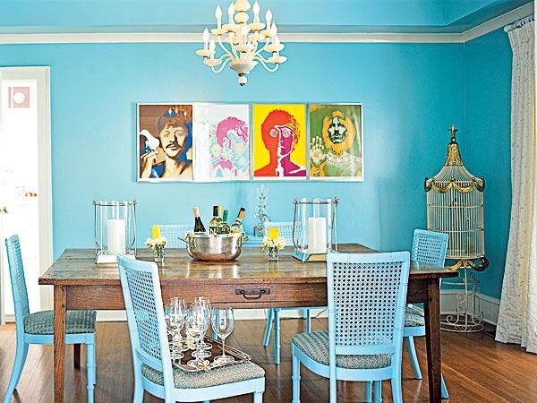 Desain Ruang Makan Indah Berwarna Biru