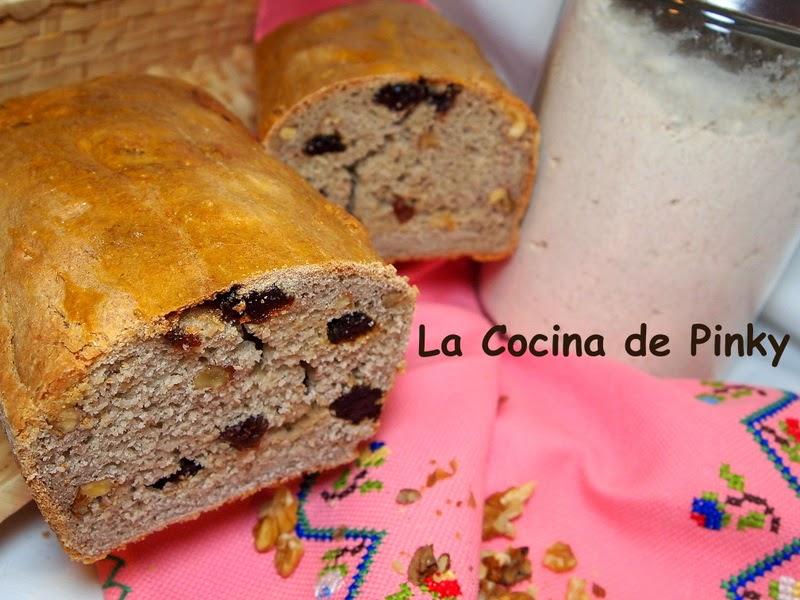 PAN DE TRIGO SARRACENO CON PASAS Y NUECES  Pan+de+trigo+sarraceno+con+pasas+y+nueces+1